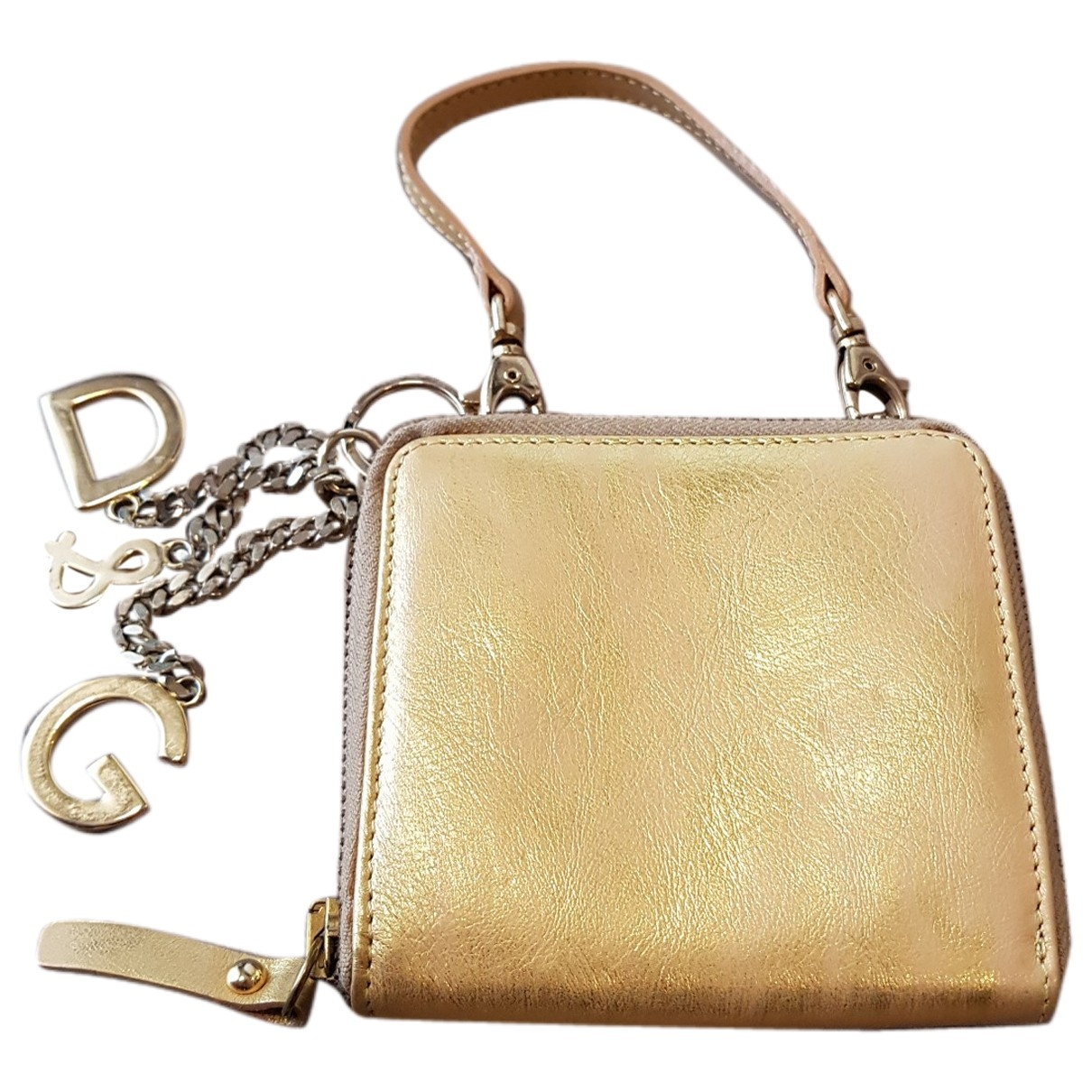 D&g \N Gold Patent leather Clutch bag for Women \N