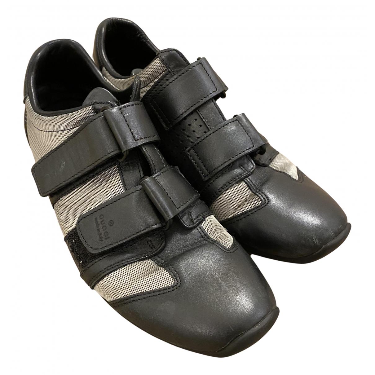 Gucci \N Sneakers in  Silber Leinen