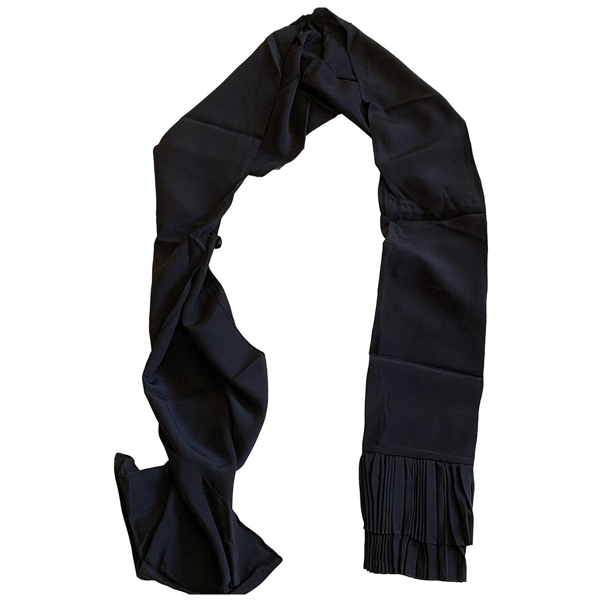 Givenchy \N Black Silk scarf for Women \N