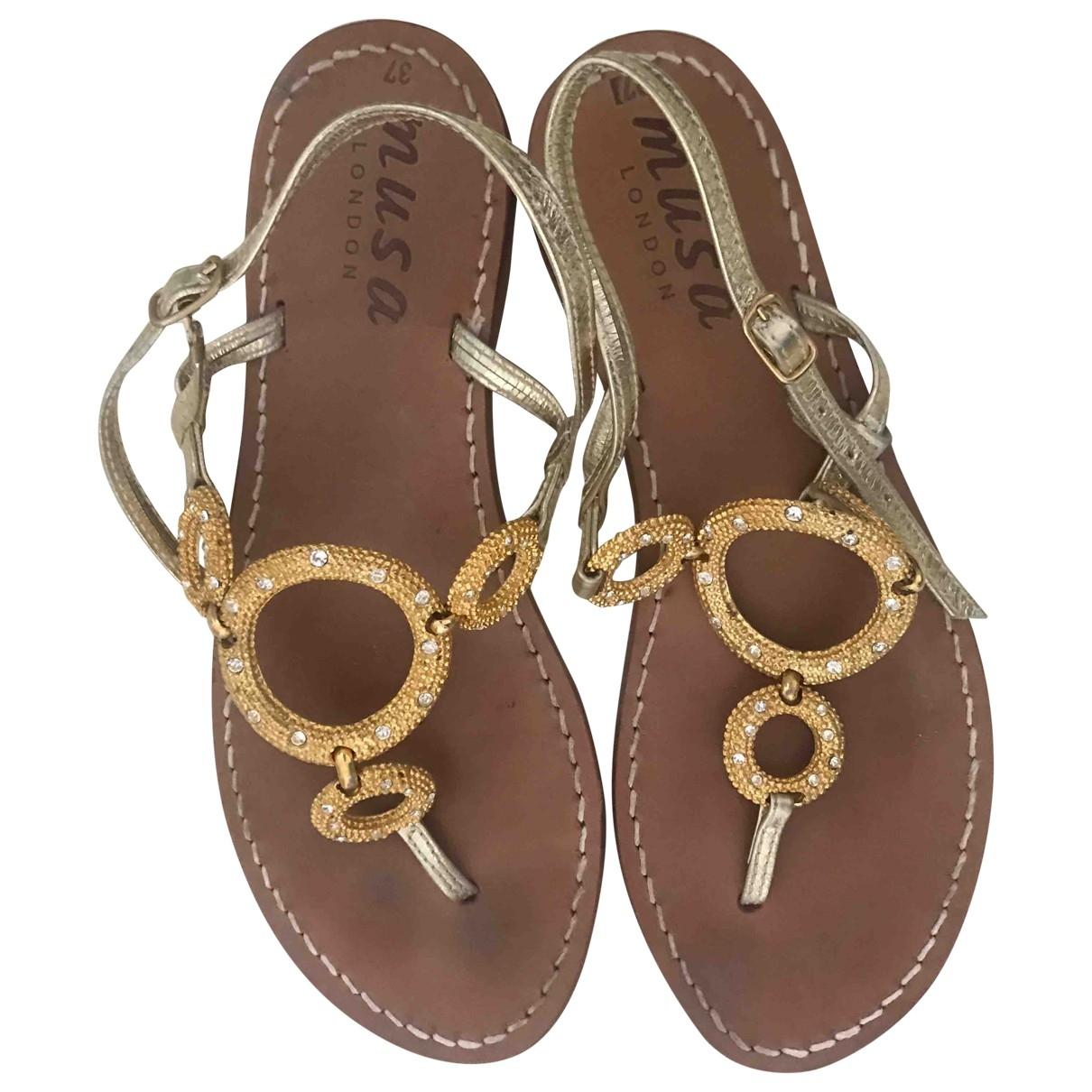 Sandalias romanas de Cuero Musa