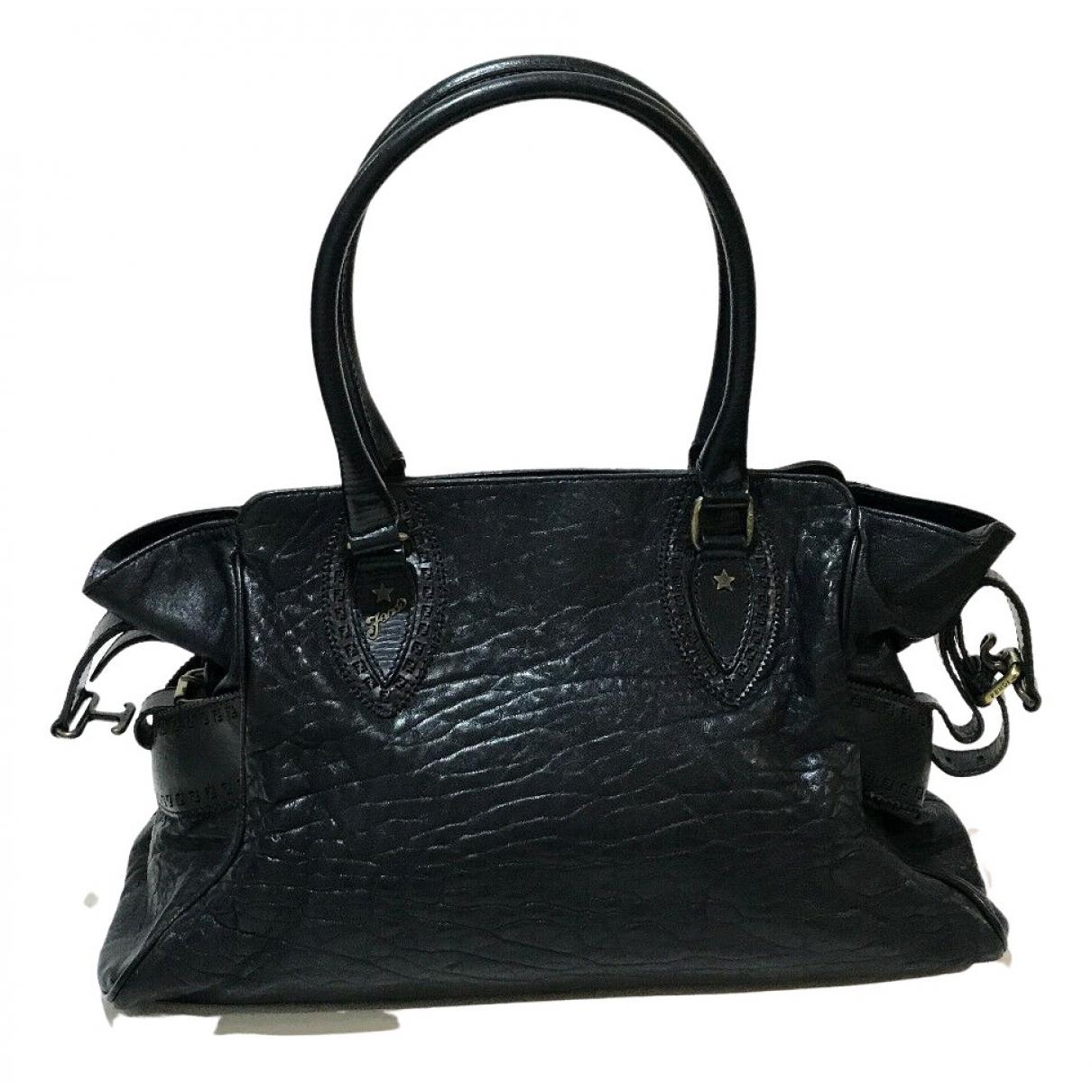 Fendi N Leather handbag for Women N