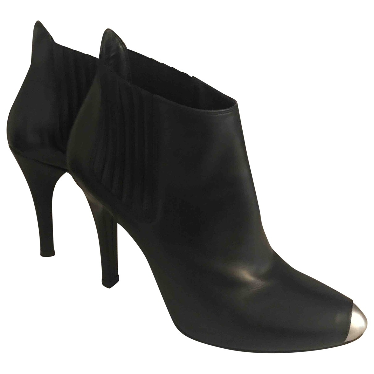 Barbara Bui \N Black Leather Ankle boots for Women 38 EU