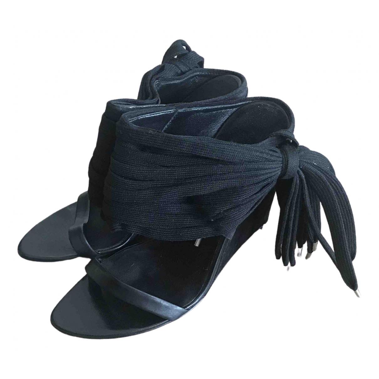 Alexander Wang - Sandales   pour femme en suede - noir