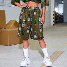 Shorts midi con estampado de piña
