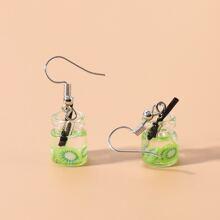 Kleinkind Maedchen Ohrringe mit Obstgetraenke Flasche Dekor
