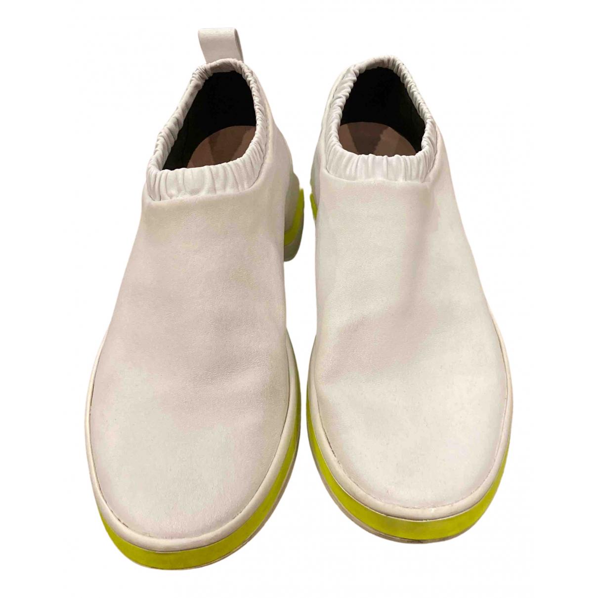 Stuart Weitzman \N Sneakers in  Weiss Leder