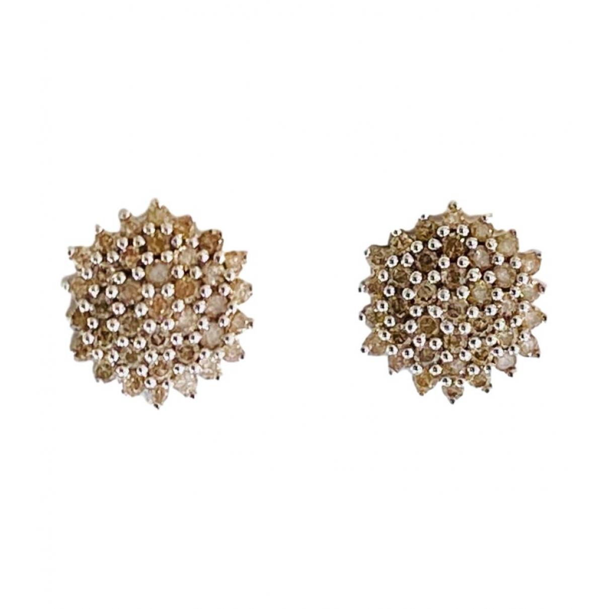 - Boucles doreilles Puces en diamants pour femme en or blanc