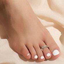 Foot Print Embossed Toe Ring
