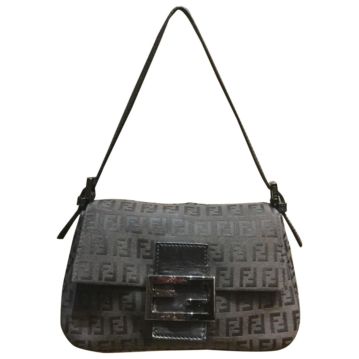 Fendi Baguette Handtasche in Leinen