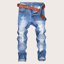 Maenner Jeans mit Rissen