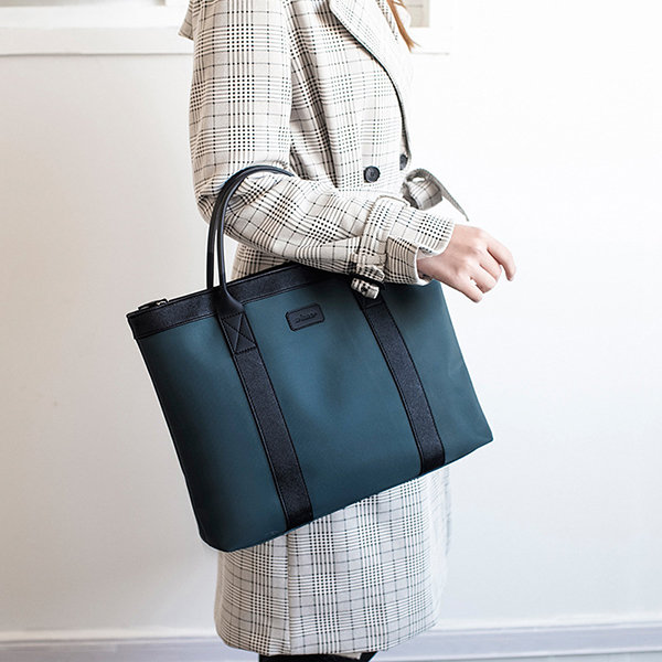 Waterproof Nylon Business Travel 13-13.3inch Laptop Storage Bags For Women Men