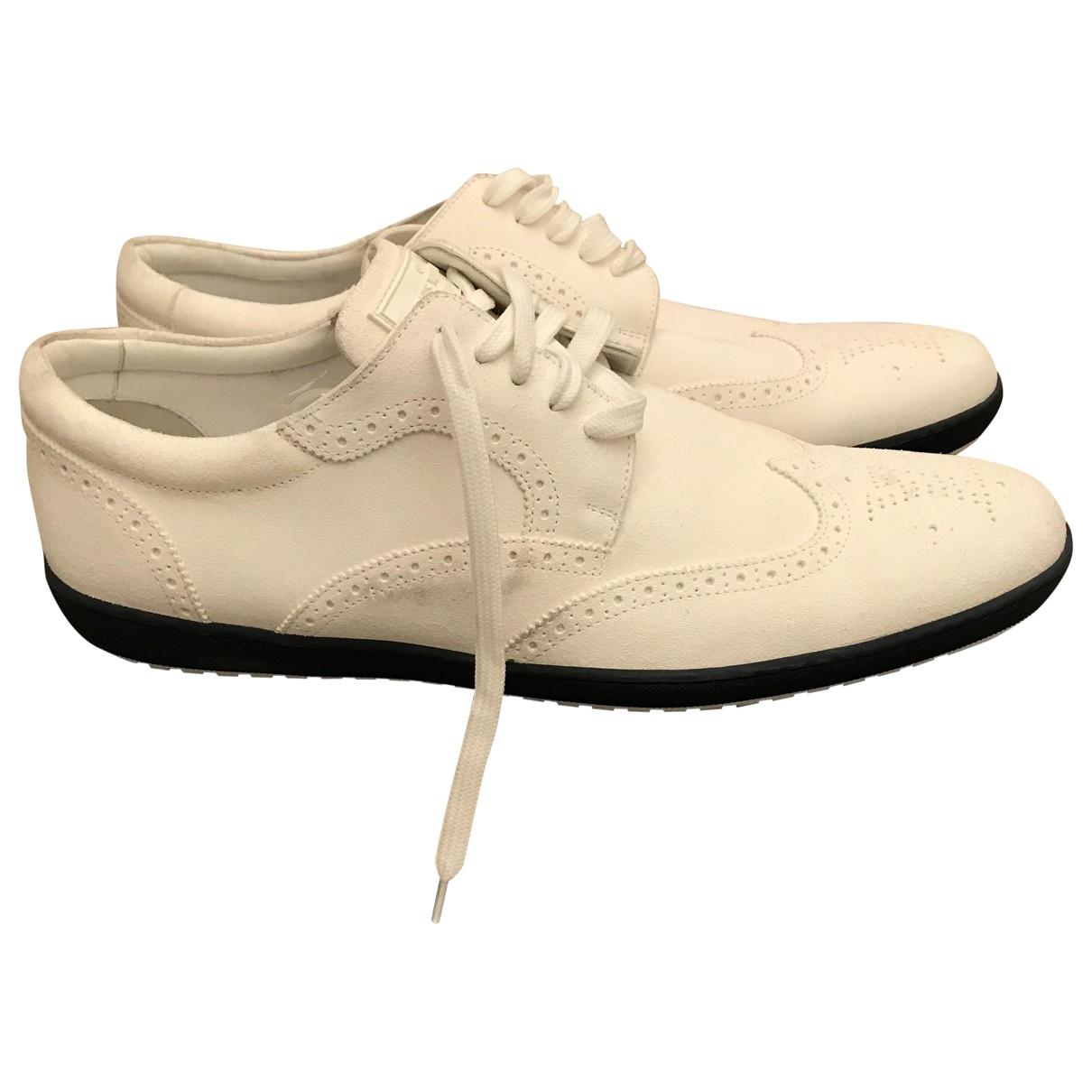Louis Vuitton \N Sneakers in  Weiss Veloursleder
