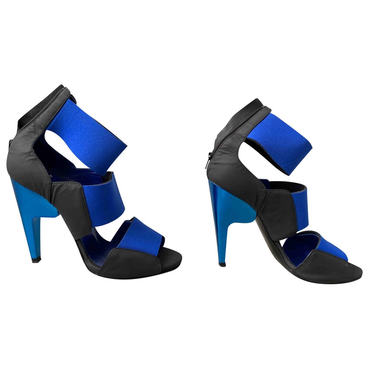 Pierre Hardy \N Sandalen in  Blau Leder