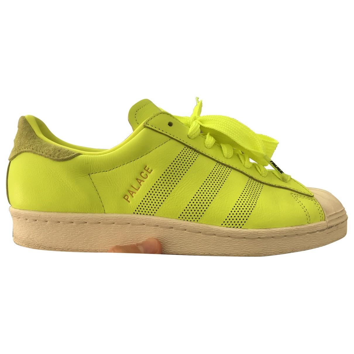 Palace X Adidas - Baskets   pour homme en cuir - jaune