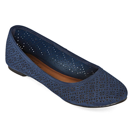 Arizona Womens Maci Slip-on Closed Toe Ballet Flats, 5 1/2 Medium, Blue