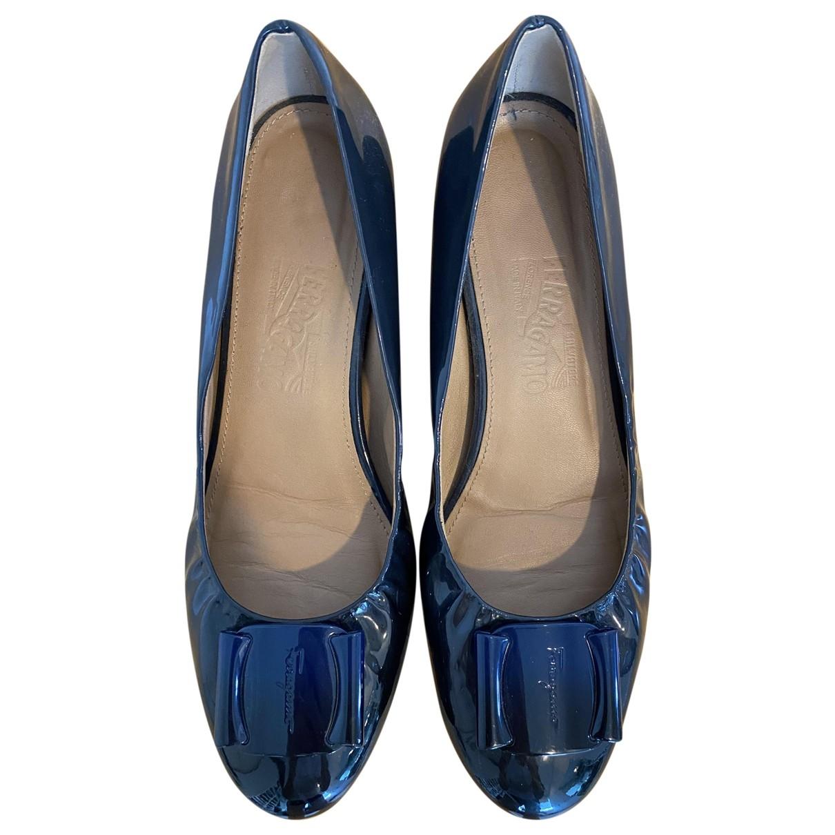 Salvatore Ferragamo \N Blue Patent leather Ballet flats for Women 40 UK