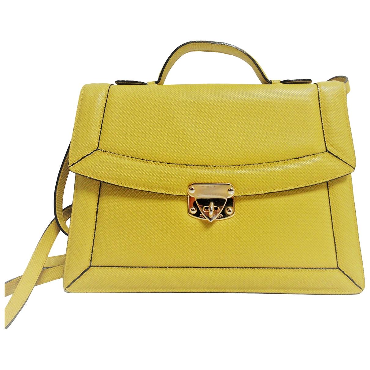 Bottega Veneta \N Handtasche in  Gelb Leder