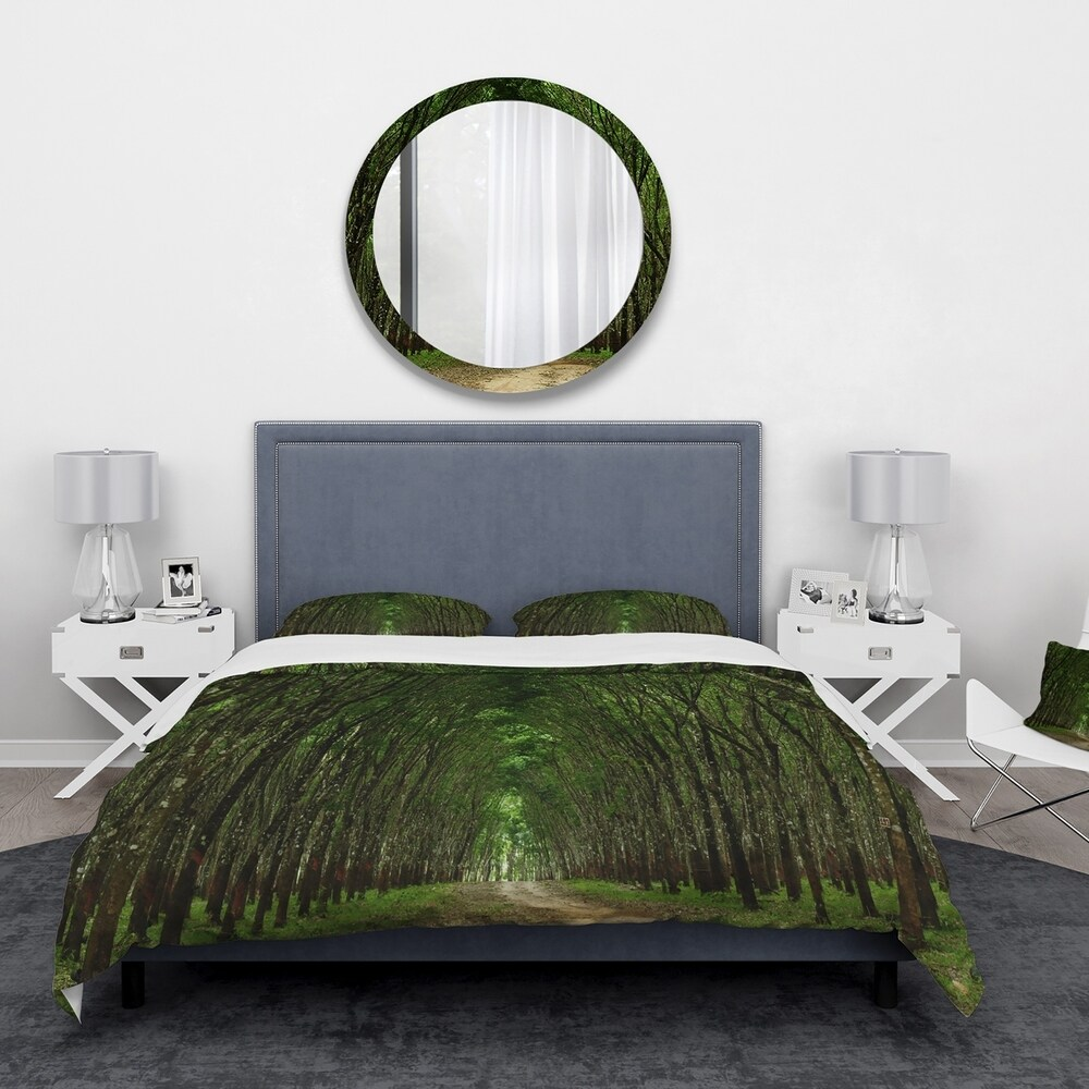 Designart 'Pathway in Thick Green Forest' Landscape Bedding Set - Duvet Cover & Shams (Twin Cover + 1 sham (comforter not included))
