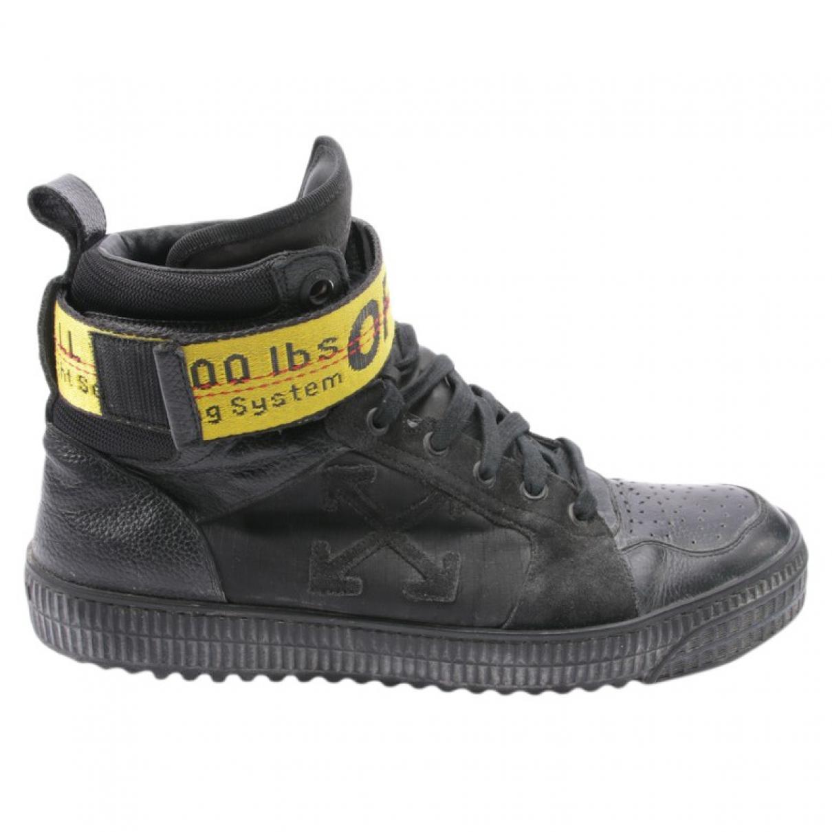 Off-white \N Sneakers in  Schwarz Leder