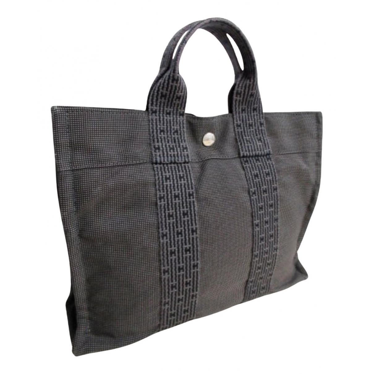 Hermes Herline Handtasche in  Grau Leinen