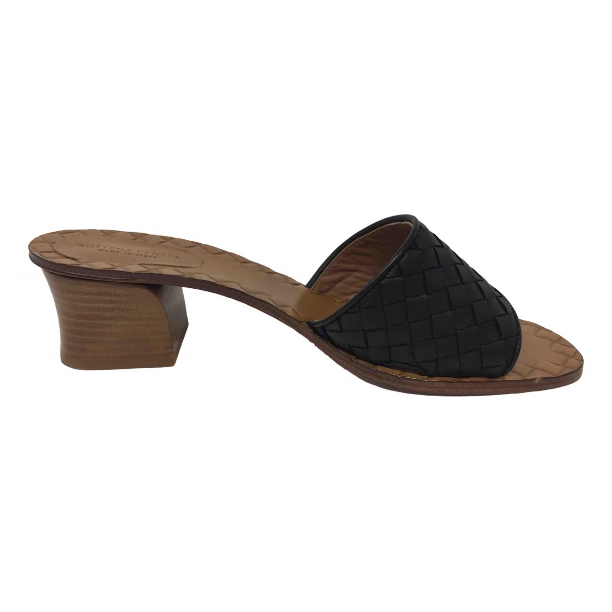 Bottega Veneta - Sandales   pour femme en cuir - noir