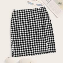 Falda de cuadros bajo con abertura