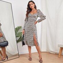 Vestido de leopardo de muslo con abertura de manga gigot