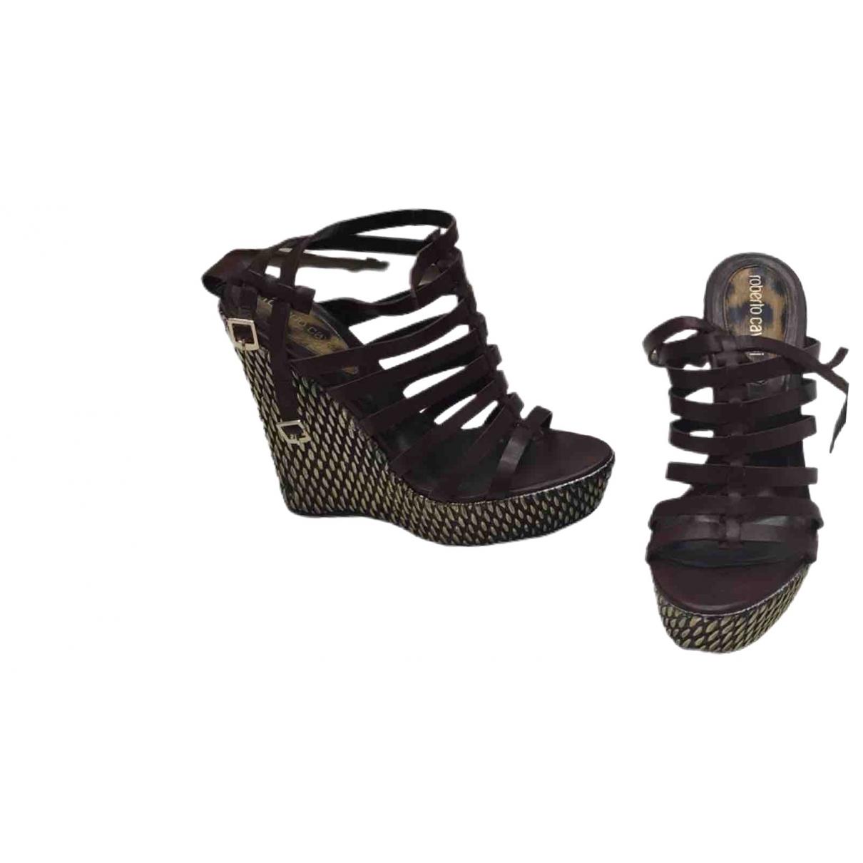 Roberto Cavalli \N Brown Leather Sandals for Women 38 EU