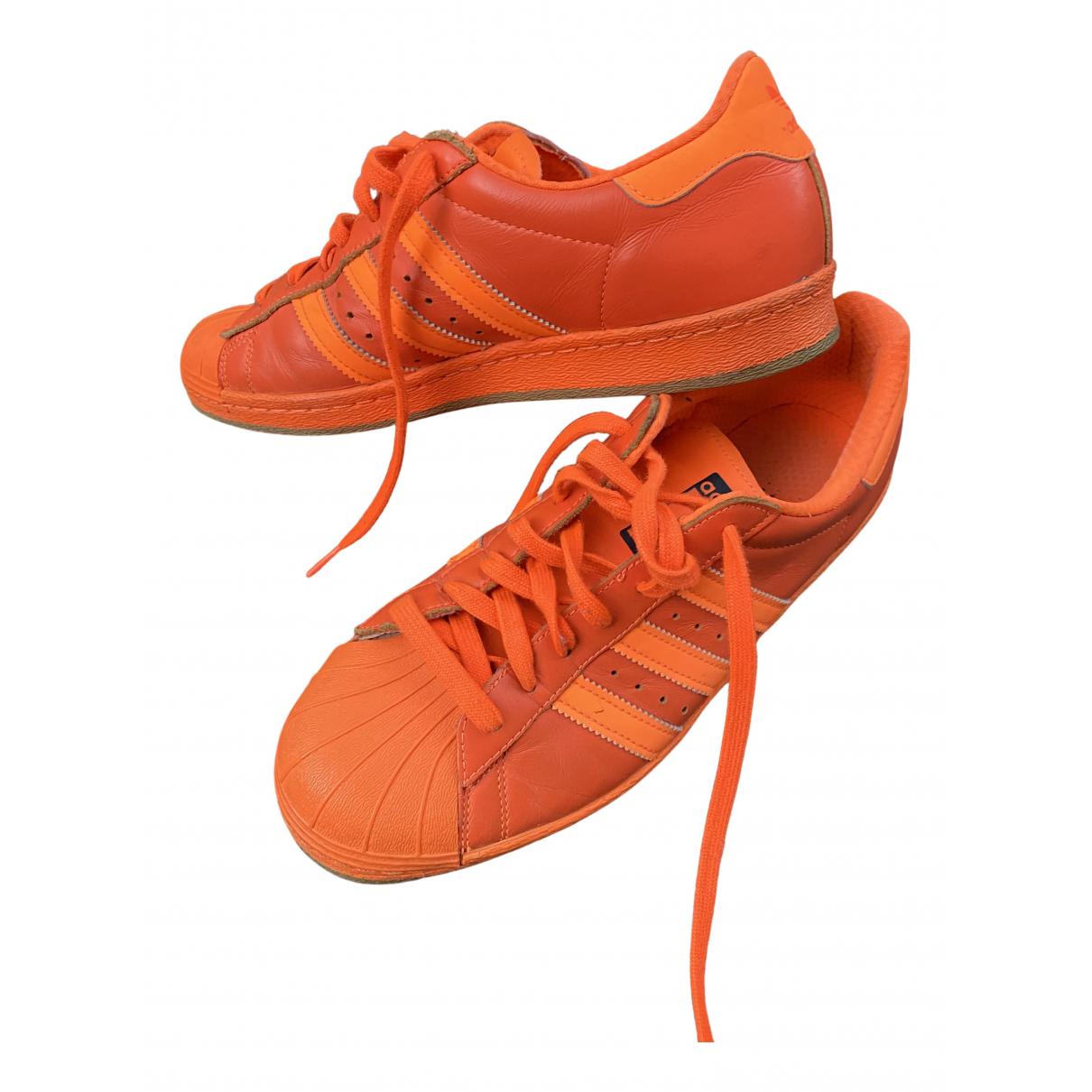 Adidas - Baskets Superstar pour homme en cuir - orange
