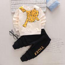 Sweatshirt mit Tiger, Buchstaben Grafik und Jogginghose