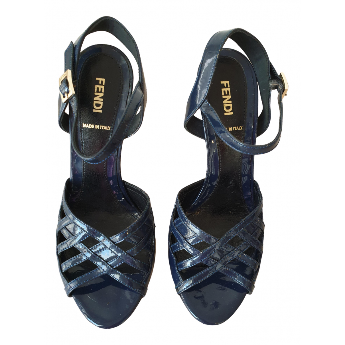 Fendi \N Sandalen in  Blau Lackleder