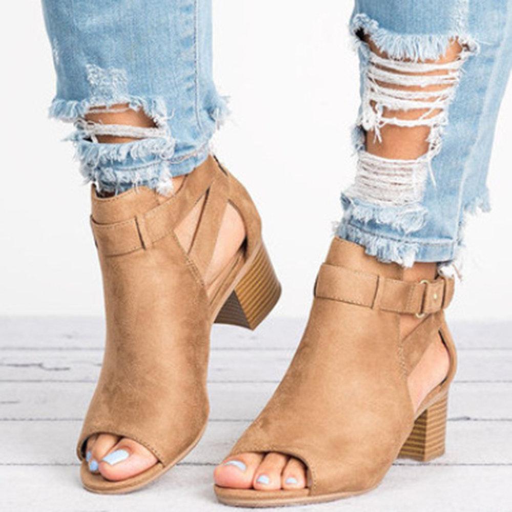 Chunky Heel Peep Toe Sandals