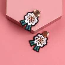 Rhinestone Decor Embroidery Earrings