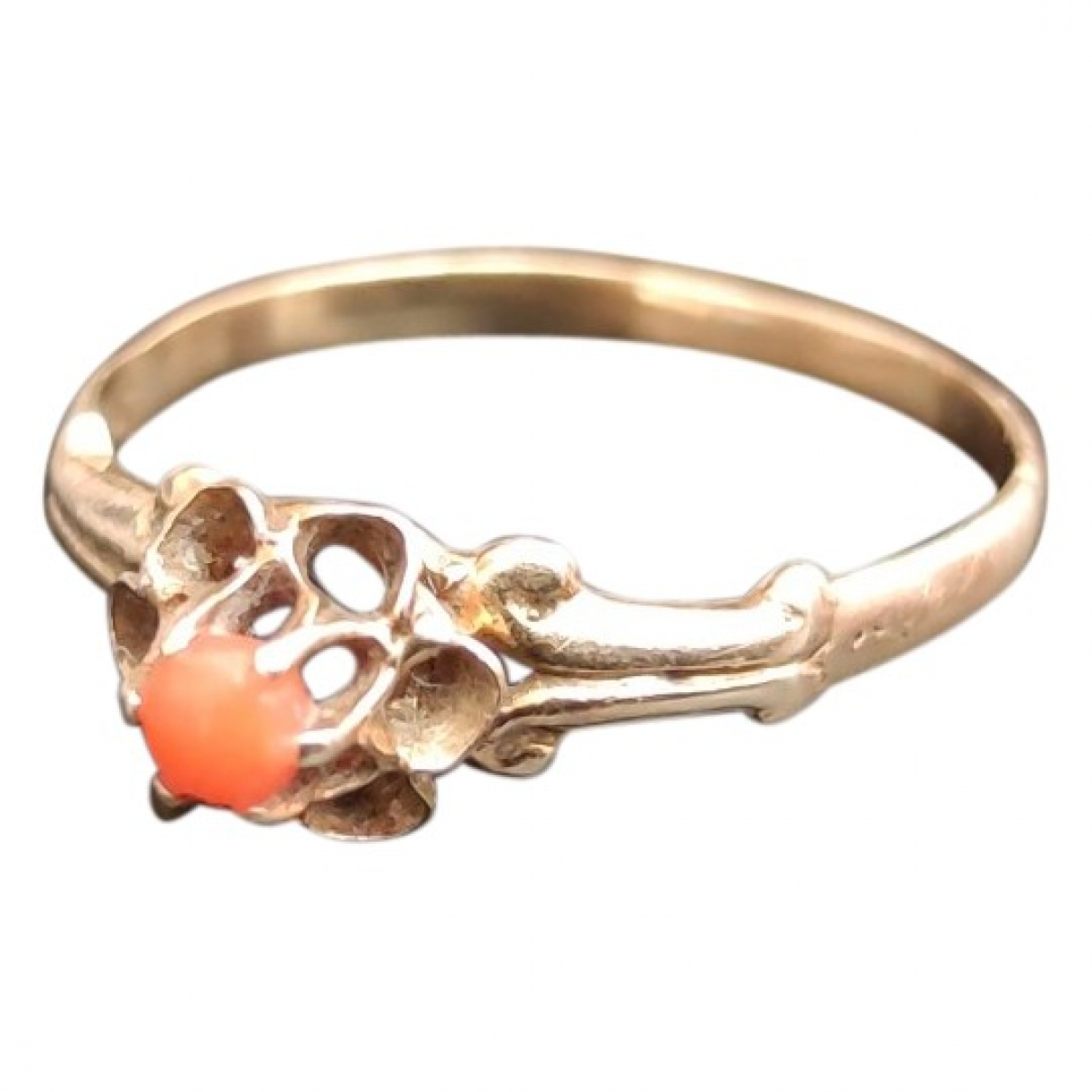 Non Signe / Unsigned Corail Ring in  Gold Gelbgold