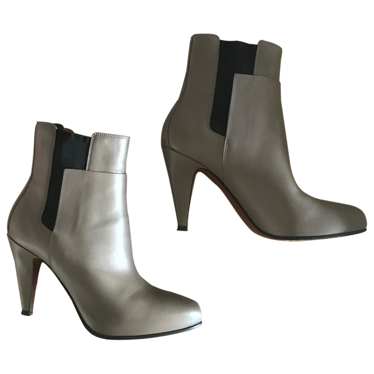 Balenciaga \N Beige Leather Ankle boots for Women 37.5 EU
