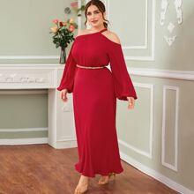 Ubergrosses Kleid mit Laternenhuelse ohne Guertel