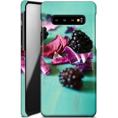 Samsung Galaxy S10 Plus Smartphone Huelle - Stills Flowers Fruit von Joy StClaire