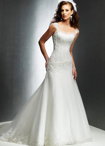 Milanoo Vestido de novia de encaje con con escote diseñado y aplicacion de cola