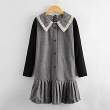 Kleid mit Kontrast Ärmeln und Spitzeneinsatz