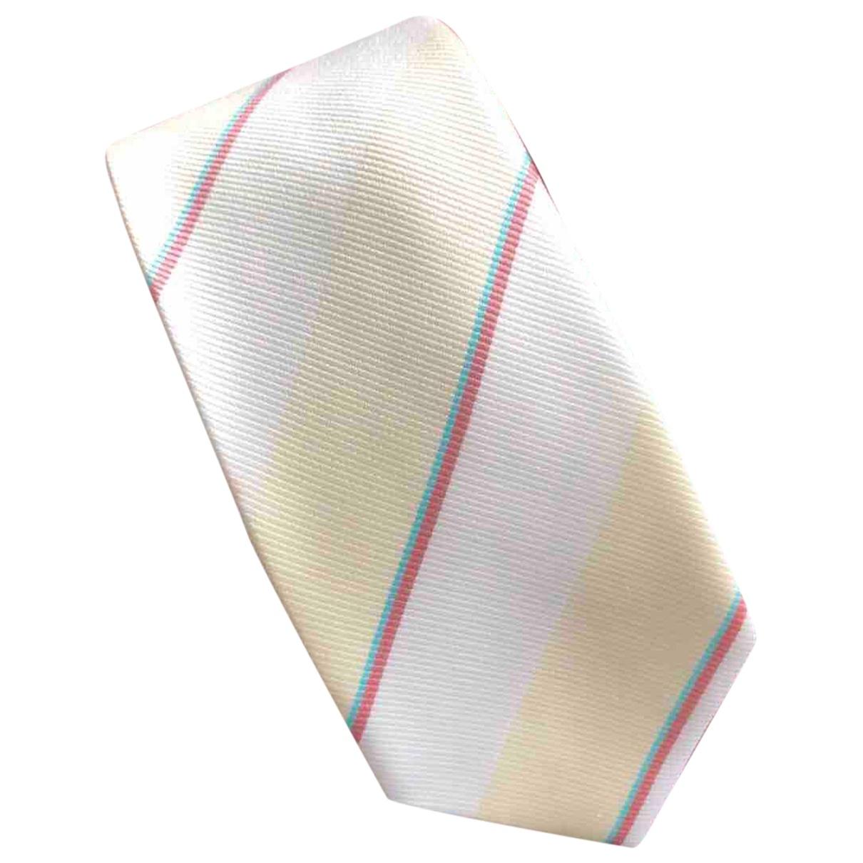 Corbata Apc