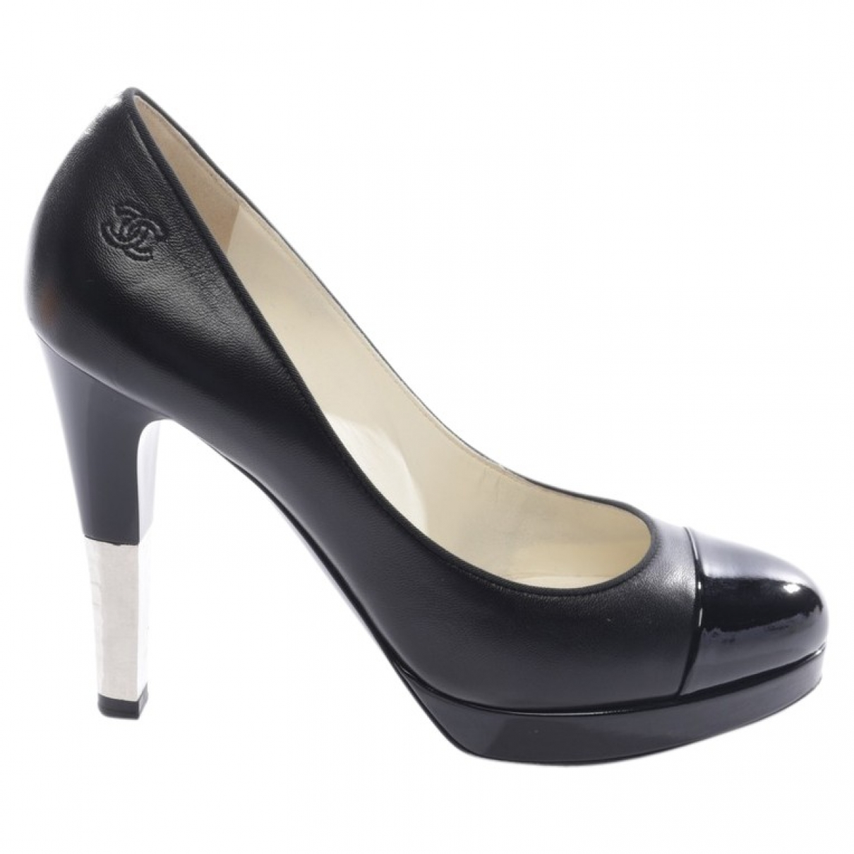 Chanel \N Black Leather Heels for Women 39 EU