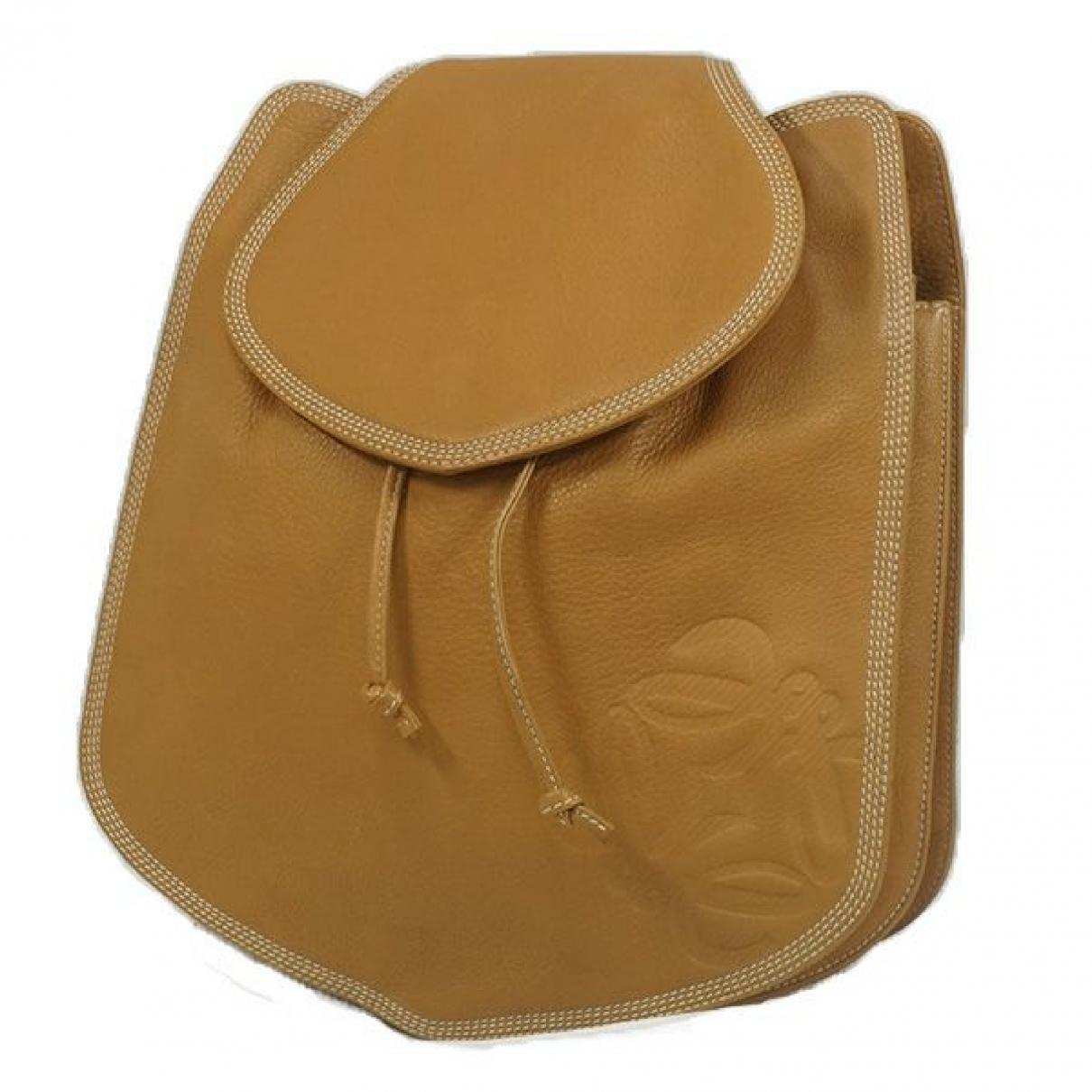 Loewe \N Camel Leather backpack for Women \N