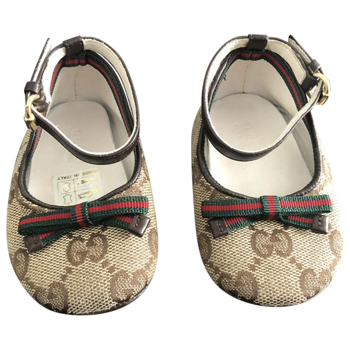 Gucci \N Beige Cloth First shoes for Kids 17 EU