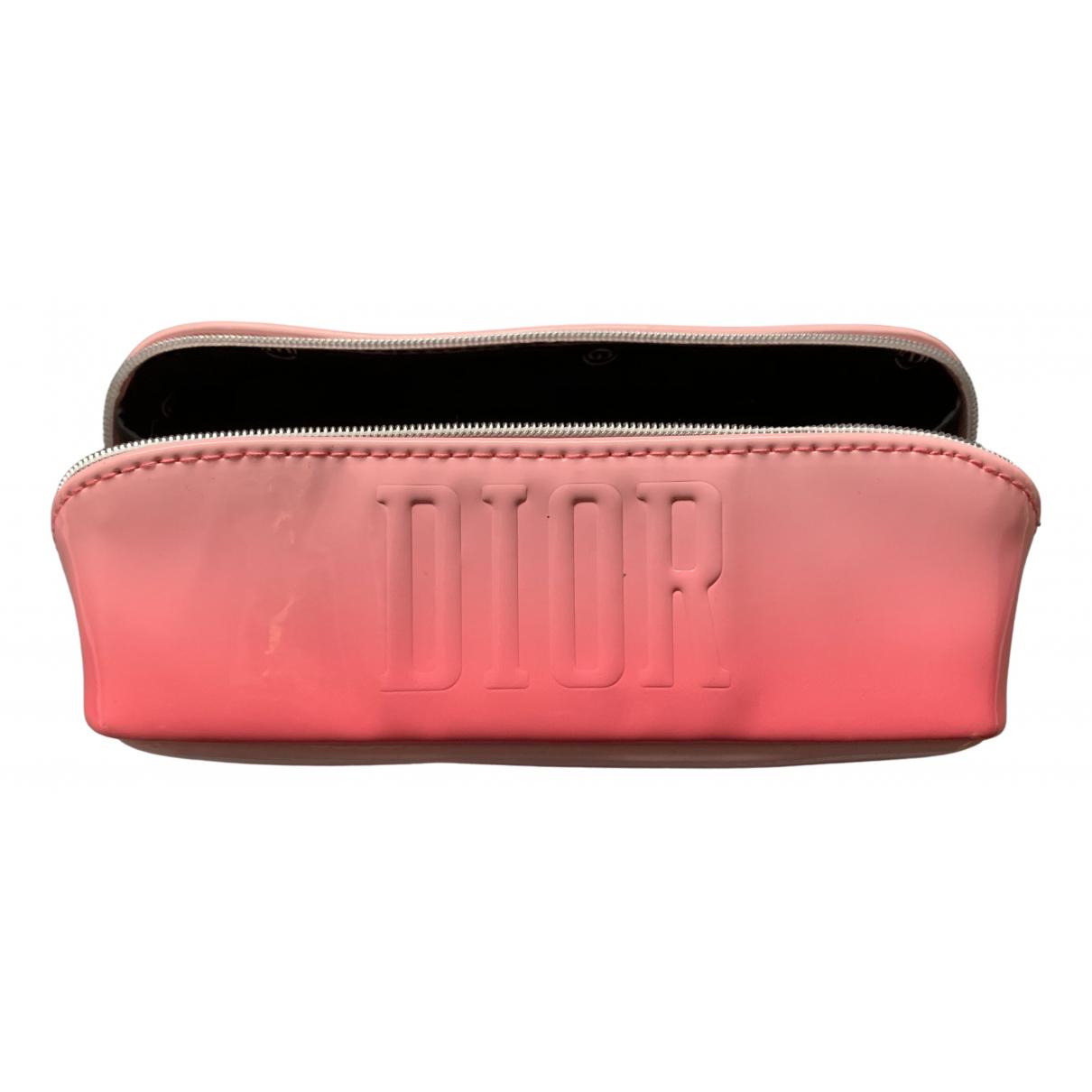 Dior \N Reisen in  Rosa Kunststoff