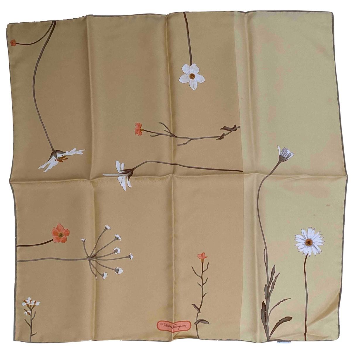Salvatore Ferragamo \N Yellow Silk Silk handkerchief for Women \N