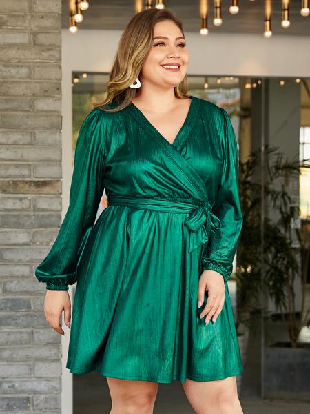 YOINS Plus Size Green Wrap Design V-neck Metallic Shine Dress