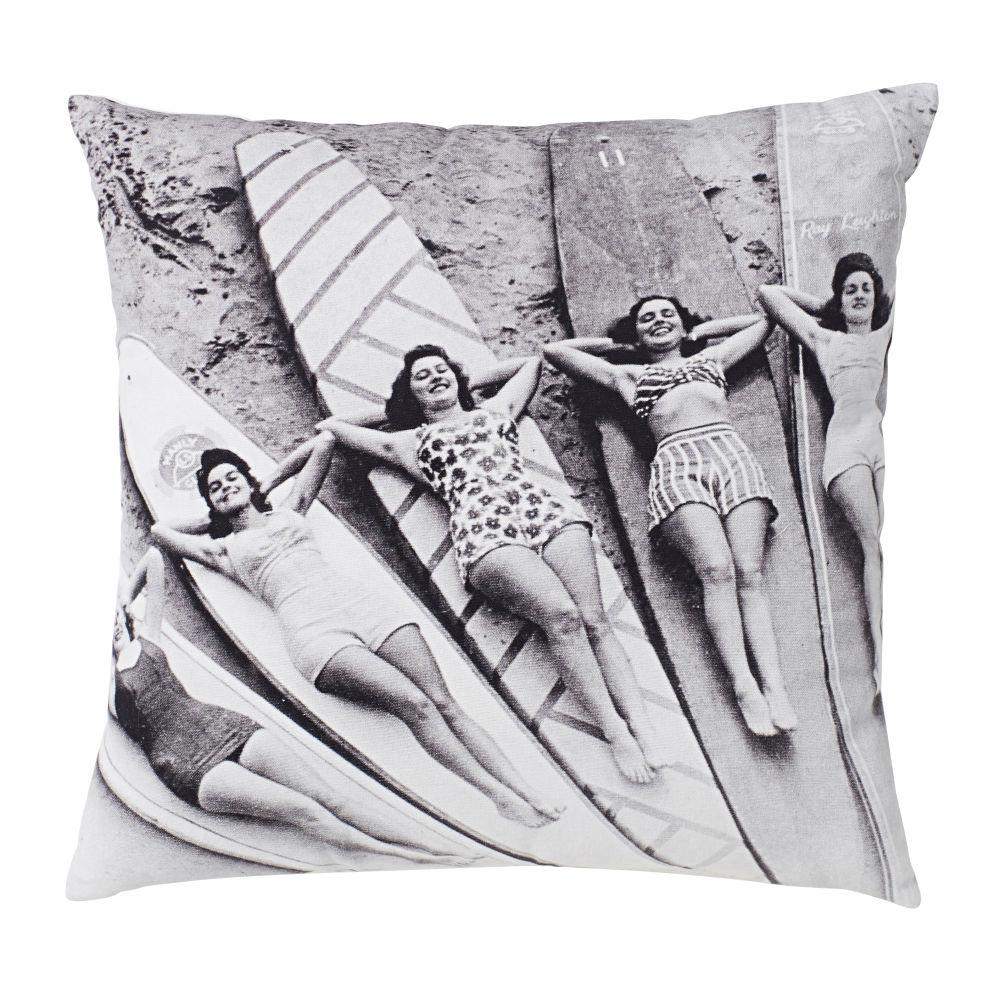 Kissen aus Baumwolle, ecru und schwarz, bedruckt mit Surferinnen, 45x45