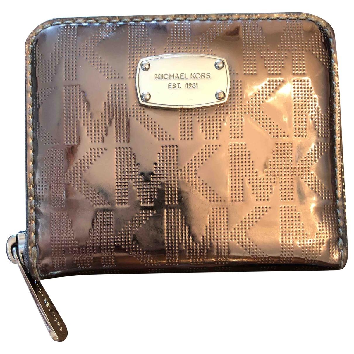 Michael Kors \N Portemonnaie in  Metallic Leder