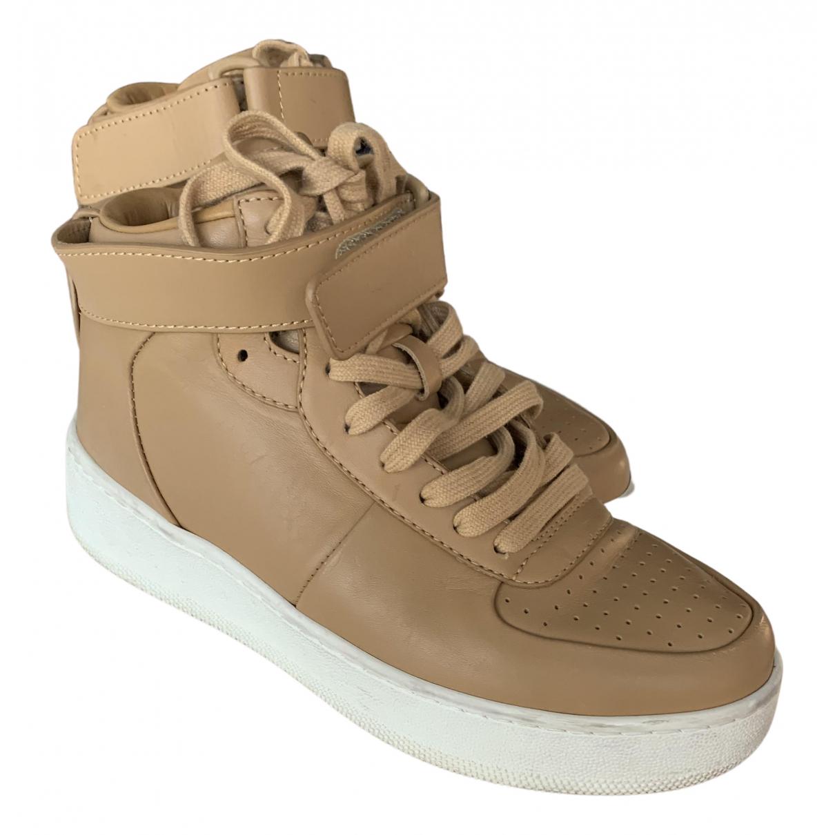 Celine \N Sneakers in  Kamel Leder