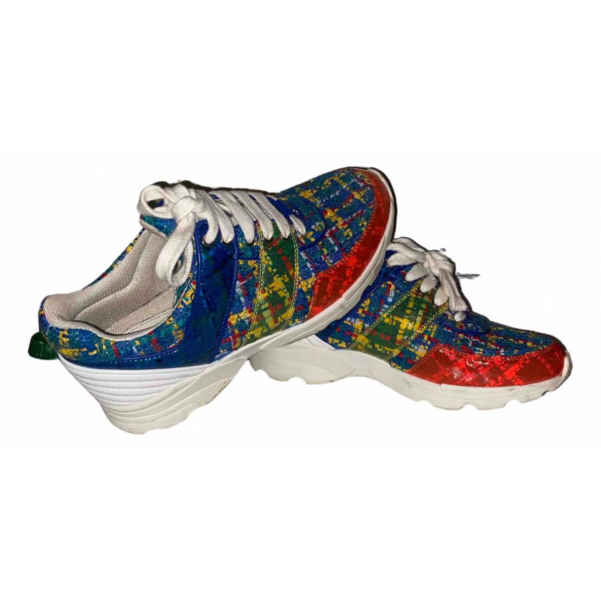 Chanel \N Sneakers in  Bunt Tweed